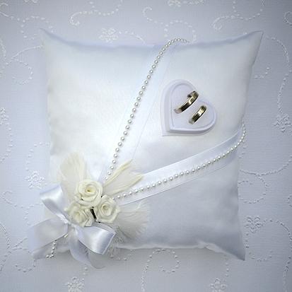 Vankúšiky pod prstienky - Vankúšik pod prstienky s bielou šerpou