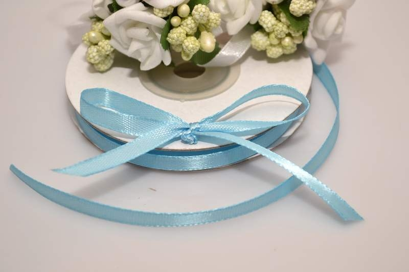 Svadobné výväzky a stuhy - Saténová stuha světle modrá