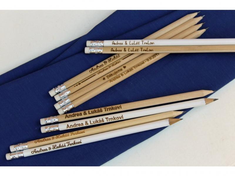 Svadobné knihy a fotoalbumy - Ceruzky s vašimi menami a dátumom svadby