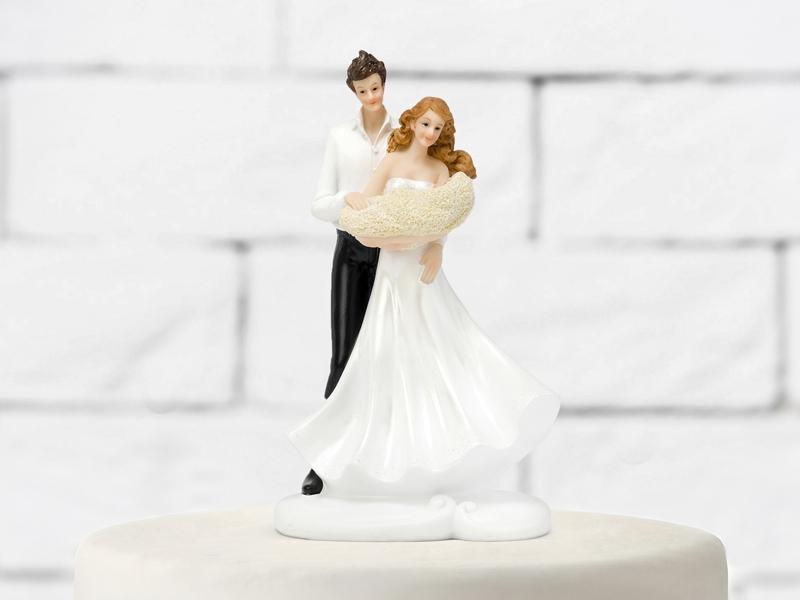 Figúrky na svadobnú tortu - Ženích s nevestou s dieťaťom