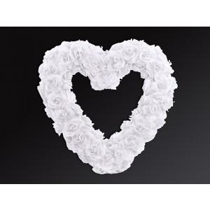 Bílé květinové srdce