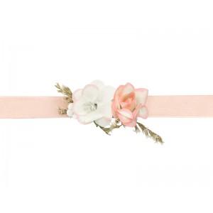 Květinová ozdoba na zápěstí - růžová